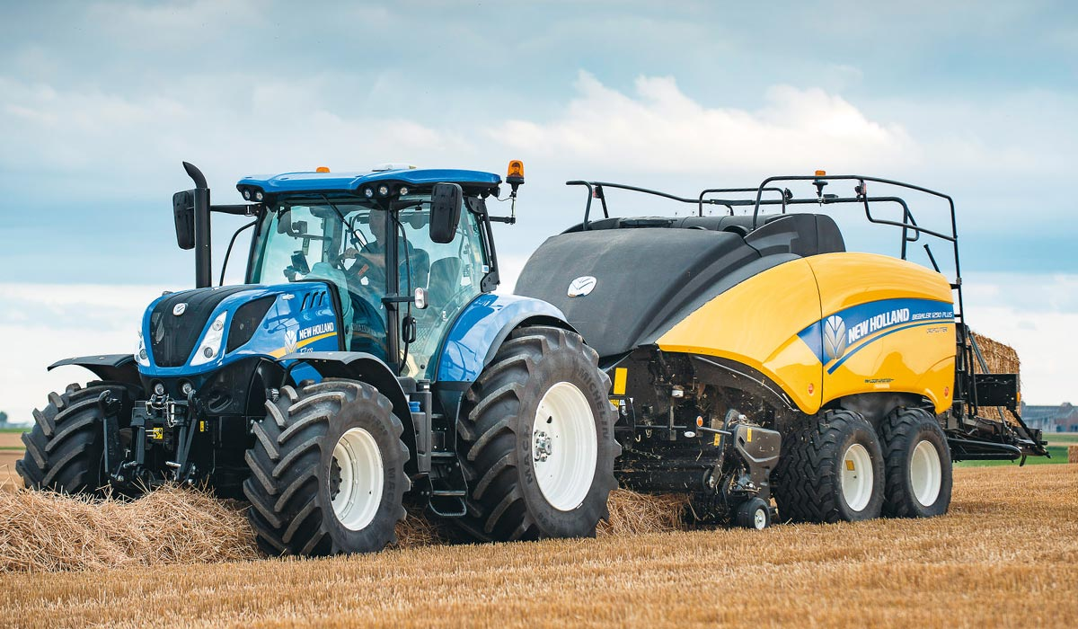 New Holland Agriculture - Presser